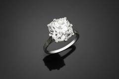 Bague Diamant Coussin - 5,94 carats J SI1 -  Décembre 2015 - Adjugé : 38.000€