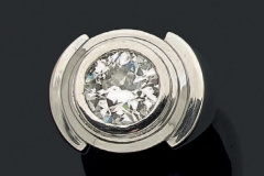 Bague Platine Diamant - Adjugé : 9.200€