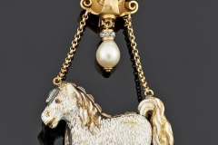 Broche or - XIXe siècle - Adjugé : 2.500€
