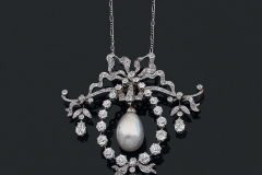 Collier Perle fine et diamants - Vers 1900 - Adjugé 16.000€