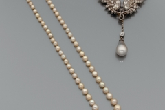 Collier de Perles Fines- Adjugé : 60.000€