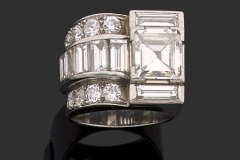 Bague Platine Diamants - Adjugé 17.000 €