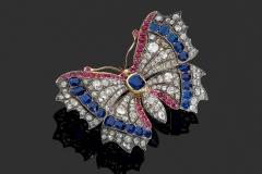 Broche Papillon Diamants Rubis Saphirs  - Adjugé : 10.000€