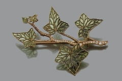 LALIQUE - Broche Feuille Or Email - Vers 1900 - Adjugé : 42.000€